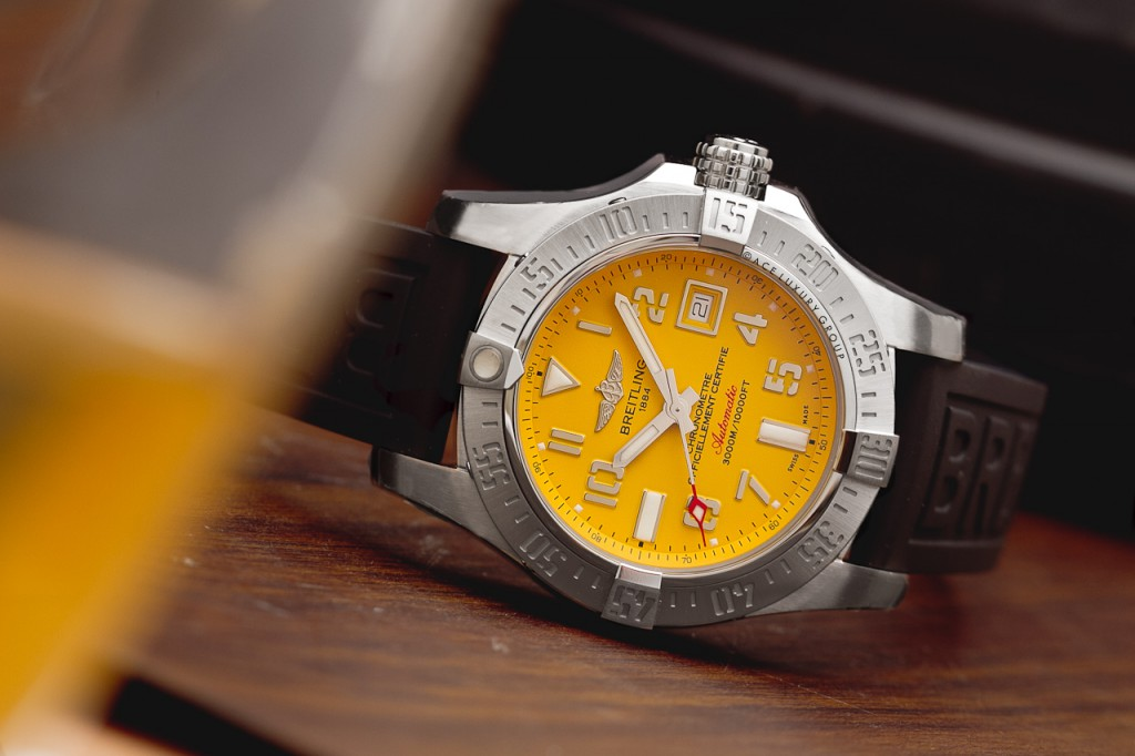 Let These Delicate And Reliable UK Replica Breitling Tell You What Is Waterproof