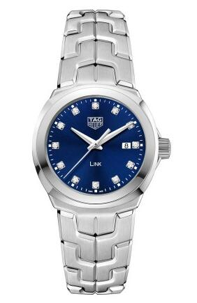 Whether for the diamonds scale or the blue dial, that all completely present the charm of this fake TAG Heuer watch.