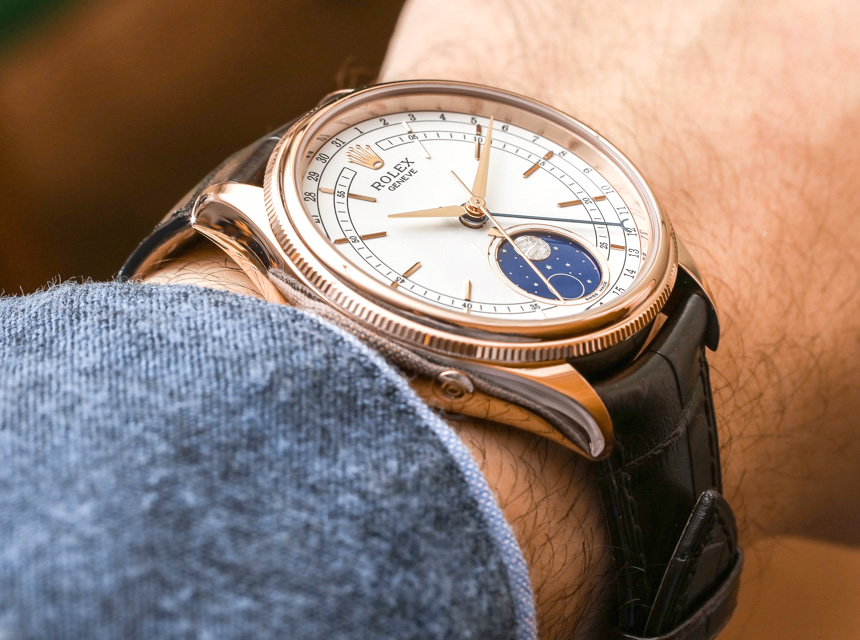 The 18ct rose gold copy watches have white dials.