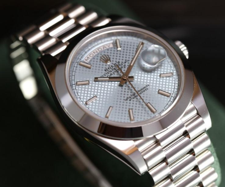 UK Ice Blue Dials Fake Rolex Day Date 228206 Watches For Men