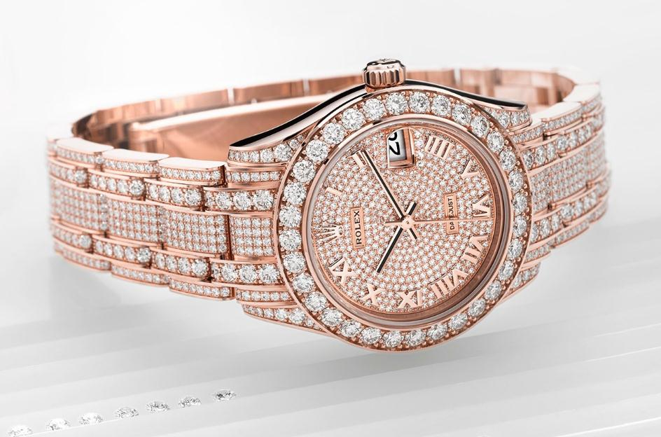 Luxurious Watches Fake Rolex Pearlmaster UK Catch Your Eyes